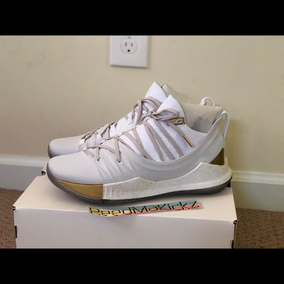 Under armour steph curry 5 white gold championship 1fd6d922b625